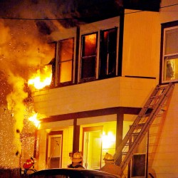 Six displaced by Lewiston fire