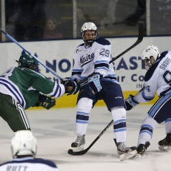 Ouellette, Lomberg lead Maine men's hockey to 1-0 win over Minnesota-Duluth