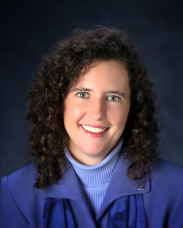 Amanda Horton of First Advisors, Bar Harbor