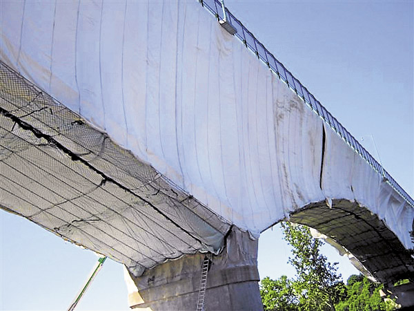 "A contractor hired by the Maine Department of Transportation will ""wrap"" the Joshua Chamberlain Bridge similarly to how this bridge was wrapped to contain paint specks and the sand blast media used to remove the paint. The Chamberlain Bridge project will begin this spring; the scheduled completion date is Nov. 15, 2013."