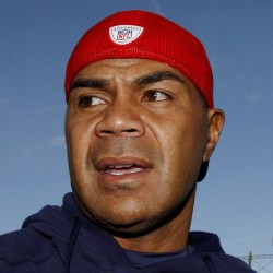 Former New England Patriot Junior Seau found dead of self-inflicted gunshot wound, police say