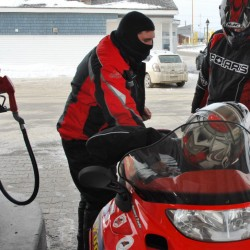 Snowmobile enthusiasts fuel $350 million economic boom statewide