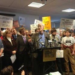 Call for constitutional amendment to end 'corporate personhood' on way to Maine Senate