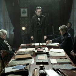 'Lincoln' leads pack with 12 Oscar nominations