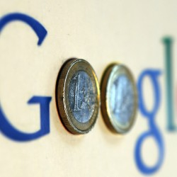 Google tries to replace wallets with smartphones