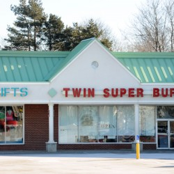Manager of Brewer's Twin Super Buffet Chinese restaurant charged with harboring illegal employees