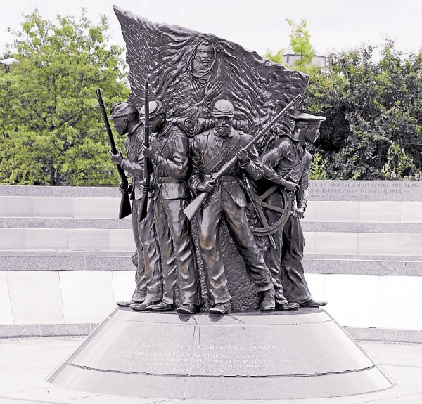 Located in Washington, D.C., the African-American Civil War Memorial honors the approximately 200,000 black Americans who joined the Union army or navy during the Civil War.