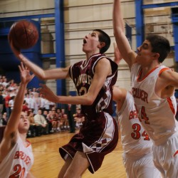 Sean Tocci's four-point play with 13.1 seconds left lifts Bangor boys by Edward Little