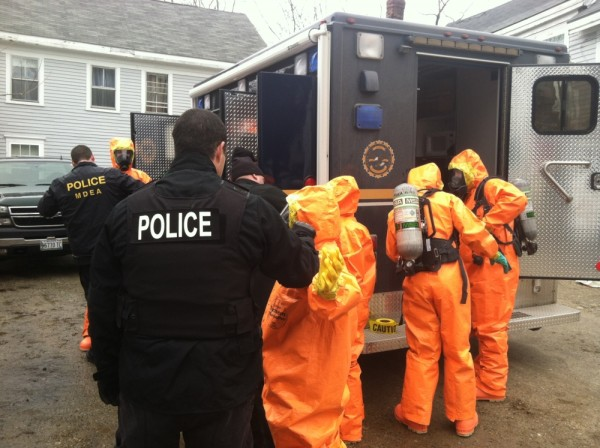 Maine Drug Enforcement agents raided a Bath apartment Wednesday on suspicion that a meth lab is being operated in the unit.