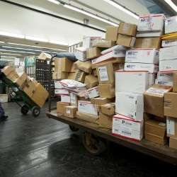 UPS, FedEx holiday package volume up from 2010