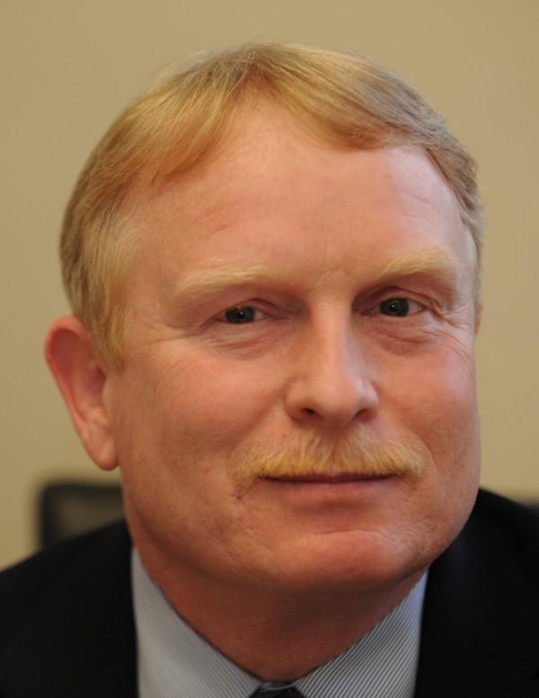 Bob Farrar
