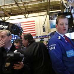 Dow falls 391 on worldwide fears about economy