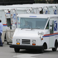 US Postal Service lost $1.9 billion in 2nd quarter
