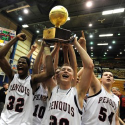 Penquis rallies past Houlton to capture EM 'C' boys basketball crown