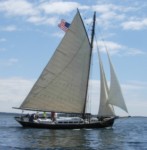 Vela Under Sail  (Photo by Maynard Bray)