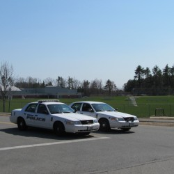 No explosives found after bomb threat at Gray-New Gloucester High School