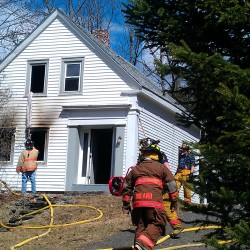 Fire damages Bucksport bar