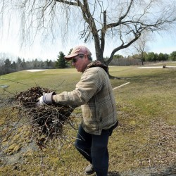 GOLF COURSE OPENS: Rocky Knoll Country Club