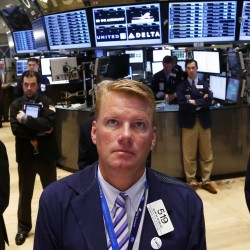 Stocks end lower despite bin Laden death, earnings