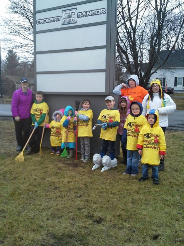 Maine Cleanup Volunteers