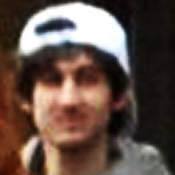 FBI releases photos of two Boston Marathon suspects, says identifying them is top priority