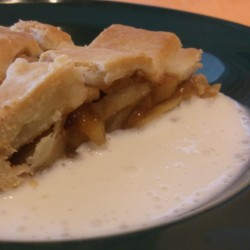 A crisp in the middle makes a rich apple pie