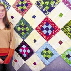 Island quilter eschews structure in unconventional designs