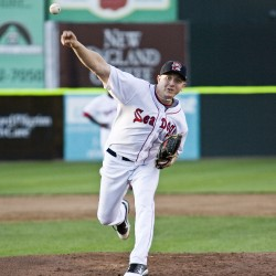 Portland relief pitcher gets call from appliance warehouse to Sea Dogs' bullpen