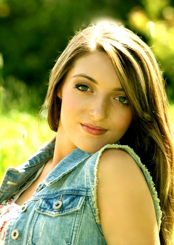 Hannah Paradis