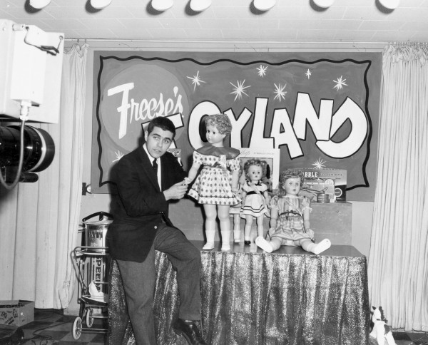 Announcer Mike Hurley does an advertising spot for Freese's department store. This likely aired during the live Santa Claus show in December 1961 at the new station.