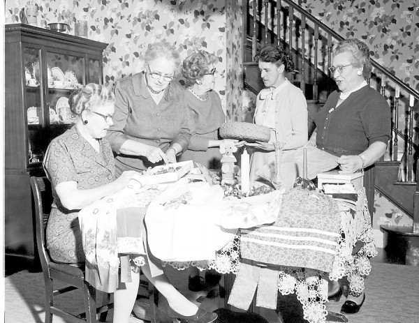 The apron booth committee will sponsor a Christmas sale and tea Wednesday afternoon and evening, Nov. 28, 1962, from 2 to 7 o'clock in St. Joseph's Parish Hall, Penobscot Square, in Brewer. Tea will be served from 3 to 5 o'clock. Among the committee members participating are (from left) Mrs. Peter Wedge, co-chairman; Mrs. Edward Barry, co-chairman; Mrs. Elmer Hay, kitchen booth; Mrs. John Larsson, candy booth; and Mrs. A. Winsor Tower, refreshment committee chairman.