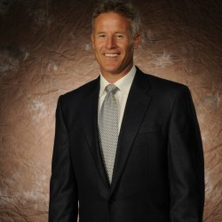 Sixers hire South Portland native Brett Brown as head coach