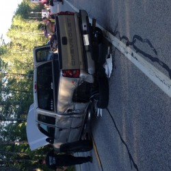 Four escape injury after collision on highway in Lebanon