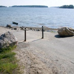 Fight over reopening Brunswick boat launch pits swimmers against clammers