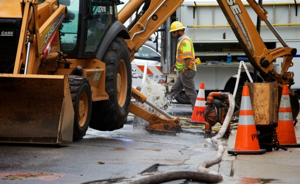 A water main break on Pearl Street in Portland caused the federal court house to shut down for the day.