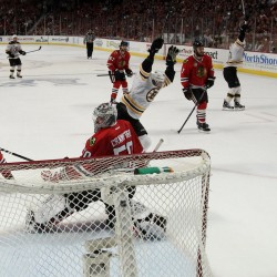 Chicago edges Boston in OT, ties Stanley Cup Finals series 2-2