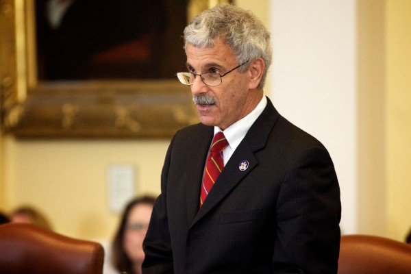 Sen. Roger Katz, R-Augusta, speaks in Augusta on Wednesday.