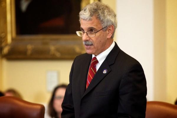 Sen. Roger Katz, R-Augusta, speaks in Augusta on Wednesday.