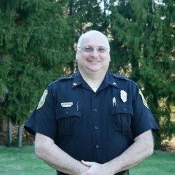 'That's what neighbors do for neighbors': Baileyville police chief a civic leader