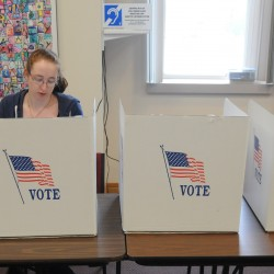 Candidates night receives poor turnout in Pittsfield