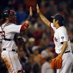 Gomes' pinch-hit homer in ninth lifts Red Sox past Padres