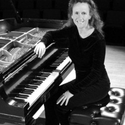 Bridget Convey, Piano
