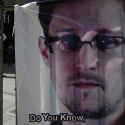 Matt Damon is Edward Snowden ... in the Snowden Identity