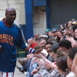 Rain halts Globetrotter's dribble drive over Penobscot Bridge; 'Jet' Williams delivers anti-bullying message