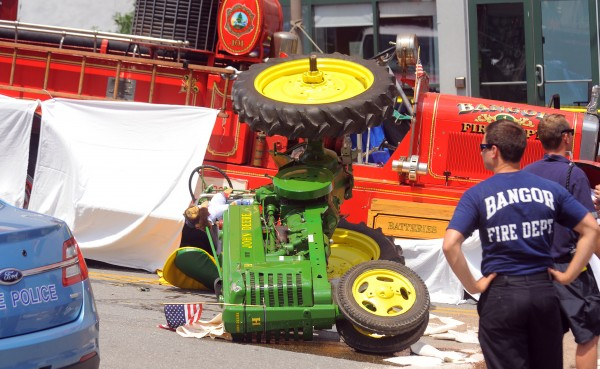Tractor Parade Seat : Fatal july accident in bangor caused by failure of