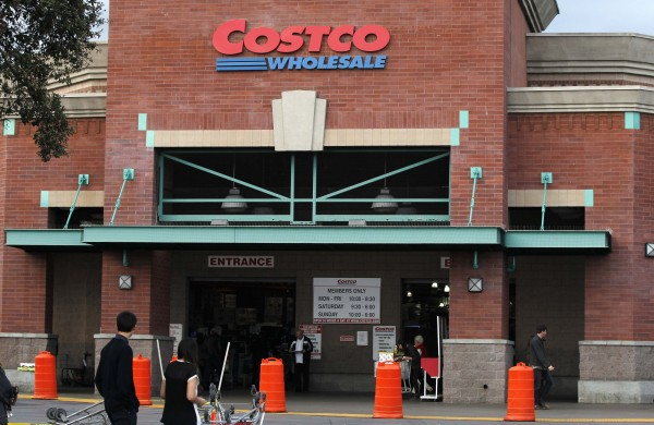 hoppers are pictured outside a Costco Wholesale store in Los Angeles, California in this March 6, 2013 file photo. Sales at U.S. retailers, including Costco Wholesale Corp and the company that runs Victoria's Secret, suggest that overall U.S. consumer spending is improving while discretionary spending may remain under pressure.