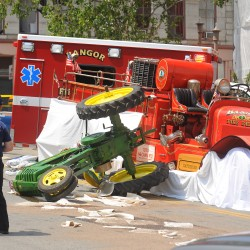 Fatal July 4 accident in Bangor caused by failure of brakes on antique firetruck, says initial report