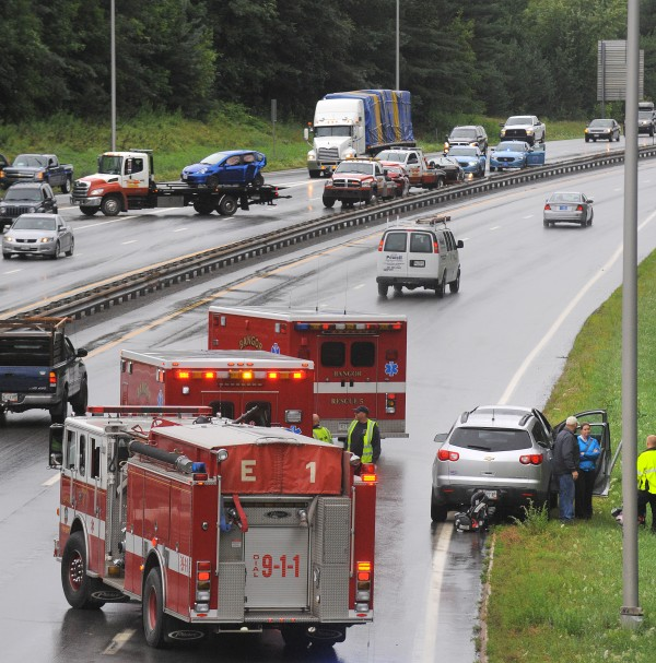 Police and rescue crews had two accidents to deal with on I-95 near the Union Street exit Friday afternoon.  They happened nearly at the same time both in the North-bound and South-bound lanes.