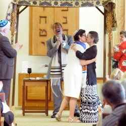 Congregation stands up for same-sex marriage