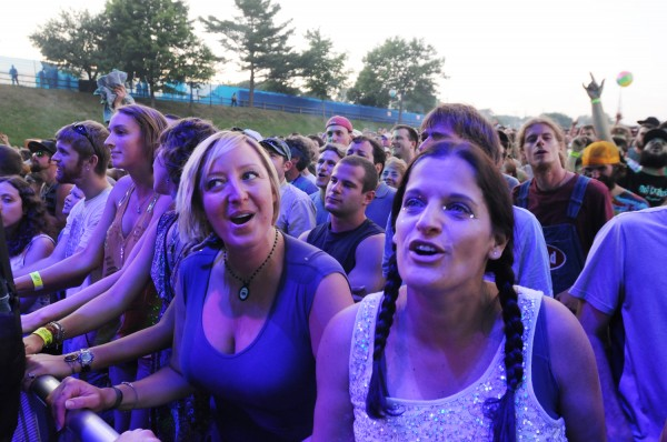 Phish fans sing along as the band takes to the stage at the Darling's Waterfront Pavilion on Wednesday.